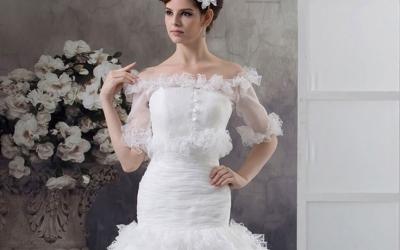 Vyběr svatebních šatů by se neměl podceňovat